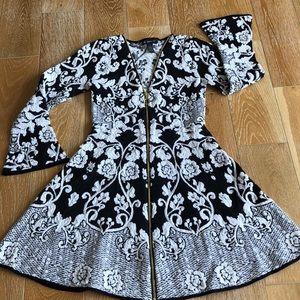 ❤️Stretch Ponte Zip-Up Dress Flare Sleeves NWT❤️